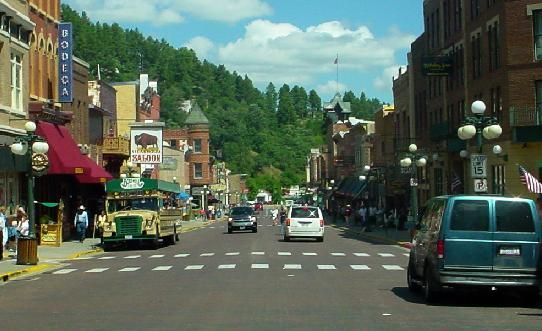 Betting down in Deadwood