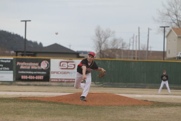 Devin Odle pitches against RC Central Thursday night.