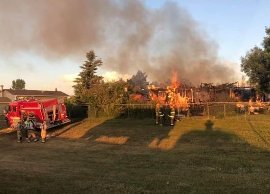 Early morning fire destroys house, surrounding property in southern Meade County