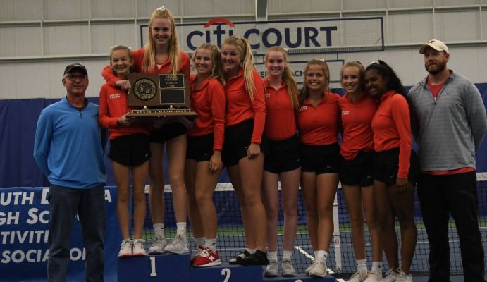 Sioux Falls Lincoln wins Tennis Tourney