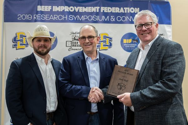 The Beef Improvement Federation  presented Jerry Wulf, Morris, MN, the BIF Pioneer Award.